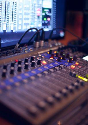 Hjælpemiddel til lydsensitivitet