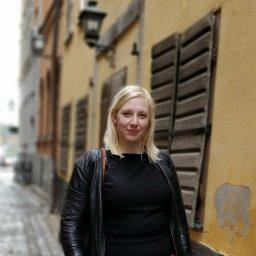 Nina Holme Nienstædt